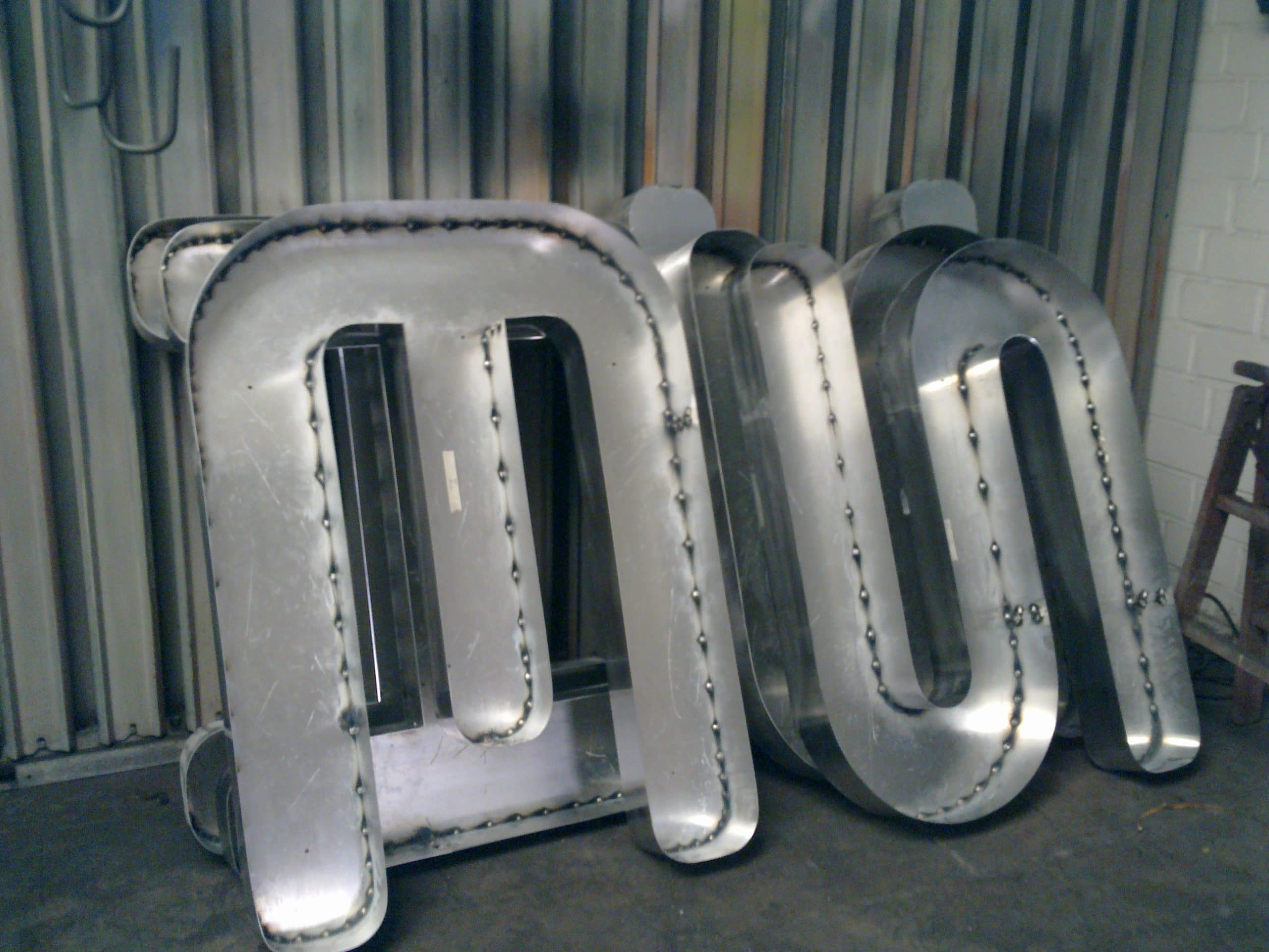 Produktions Profilbuchstaben