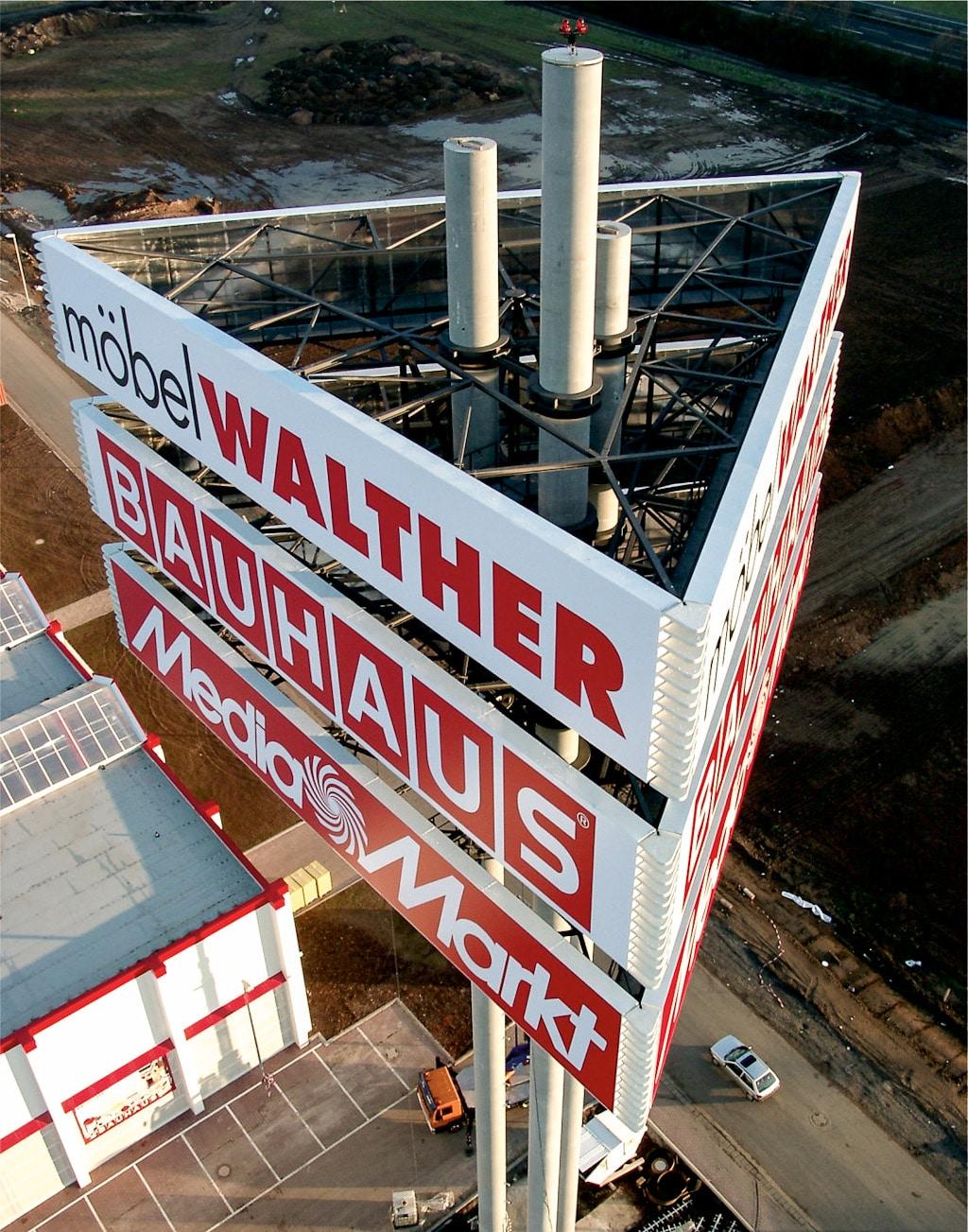 Walther Bauhaus Mediamarkt – Pylon
